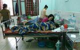 Tin trong nước - Tin tức mới nhất vụ cô giáo nghi uống thuốc ngủ vì bị chuyển trường