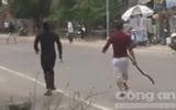 An ninh - Hình sự - 20 thanh niên xăm trổ từ Vũng Tàu vào Phan Thiết tấn công nhà dân