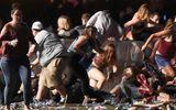 Đám đông la hét, giẫm đạp lên nhau trong vụ xả súng tại lễ hội âm nhạc Las Vegas