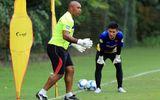 Cựu HLV Arsenal: Thủ môn Việt Nam có thể sang châu Âu thi đấu