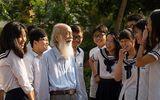 Gia đình đưa thầy Văn Như Cương về thăm trường Lương Thế Vinh lần cuối