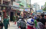 Tiệm quần áo bốc cháy ngùn ngụt, 2 vợ chồng bị bỏng nặng