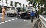 Xe cứu hộ mất lái, lao lên vỉa hè khiến 3 người thương vong