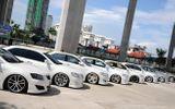 """Thị trường ô tô cuối năm: Các ông lớn ồ ạt xả hàng, giảm giá """"sập sàn"""" để xả hàng thu vốn"""