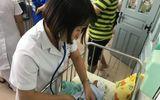 Bé gái sơ sinh bị mẹ bỏ rơi ở Bệnh viện Thanh Nhàn