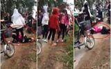 Nhóm nữ sinh đánh bạn gục xuống đường vì mâu thuẫn trên Facebook