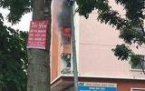 Hà Nội: Sau tiếng nổ lớn, chung cư khu đô thị Văn Quán bốc cháy dữ dội
