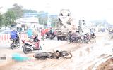 Tai nạn giao thông, cô gái trẻ tử vong dưới gầm xe bồn