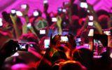 Trên thế giới, live-stream chia sẻ phim trái phép bị xử lý như nào?