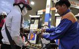 Tin tức - Giá xăng RON 92 tiếp tục tăng 434 đồng/lít từ 15h chiều nay