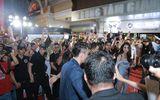 Sao Việt nhốn nháo chụp hình chung khiến So Ji Sub rời sự kiện sau 15 phút?
