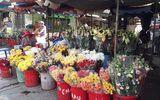 Tê tay khi cắm hoa tươi vì hóa chất bảo quản?
