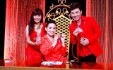 """Phi Nhung, Phương Thanh và Quang Linh diện đồ rực rỡ đón Noel trên """"ghế nóng"""""""