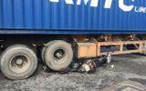 Video: Container cán nát xe máy, cuốn đôi nam nữ vào gầm