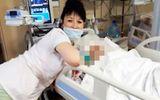 Giật mình nhân viên y tế khoe ảnh phản cảm trong phòng mổ