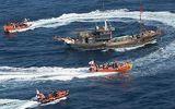 Cảnh sát biển Hàn Quốc bắn hàng trăm phát đạn về phía tàu cá Trung Quốc