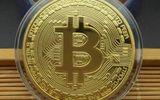 """Dân mạng """"lùng mua"""" đồng Bitcoin để làm """"quà độc"""" dịp Tết 2018"""