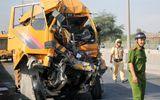 Xe cứu hộ tông đuôi xe container khi đang đổ dốc, ba người thiệt mạng