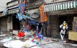 """Cháy nhà ở Hà Nội: """"Người hùng"""" trèo lên căn nhà rực lửa 4 tầng cứu 2 cụ già"""