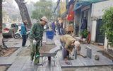 Quận Hoàn Kiếm lát đá vỉa hè bền 70 năm phục vụ người dân đón Tết