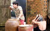 """Tin tức - Lật Mặt 3 - Ba Chàng Khuyết"""" tung cảnh tắm chung bá đạo của Song Luân và Kiều Minh Tuấn"""