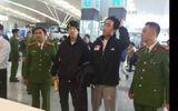 Công an Việt Nam bàn giao 2 đối tượng truy nã quốc tế cho phía Hàn Quốc