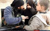 Chiến binh IS cụt chân tạm biệt con gái rồi lái xe bom lao vào quân đội Syria