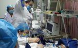 Bác sĩ qua đời sau khi thức thâu đêm điều trị cho 40 bệnh nhân