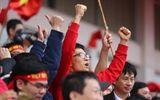 Clip: Phó Thủ tướng Vũ Đức Đam hô vang tên các cầu thủ U23 Việt Nam cùng triệu người hâm mộ