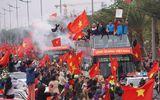 Lễ chào mừng U23 Việt Nam: Các cầu thủ lên xe bus diễu hành