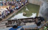 Ấn Độ: Xe buýt lao xuống kênh, ít nhất 36 người chết