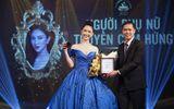 Hà Thu mặc đầm thi Miss Earth 2017 nhận giải Người phụ nữ truyền cảm hứng của năm