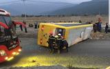 Đà Nẵng: Lật xe khách khiến 3 người tử vong