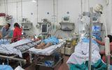 """Bệnh viện Việt Đức """"vỡ trận"""" cấp cứu trong ngày 30 Tết"""