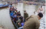 Buộc du khách mặc áo phao khi đi đò chùa Hương
