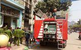 Điều tra vụ nổ lớn trong ngôi nhà 3 tầng, 1 người bỏng nặng