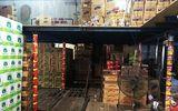 Bắt giữ lô hàng thực phẩm dinh dưỡng không đảm bảo vệ sinh