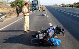 Xe máy tông vào đuôi xe tải, 1 người tử vong tại chỗ