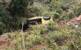 Điều tra trách nhiệm chủ xe vụ xe khách lao xuống vực ở đèo Lò Xo
