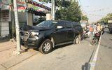 Truy đuổi ôtô chở thuốc lá lậu, 2 cảnh sát bị tông văng