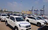 Hơn 40 xe sang từ Thụy Điển bắt đầu cập cảng TP.HCM