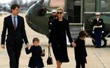 Trực thăng chở con gái ông Trump hạ cánh khẩn cấp vì gặp sự cố