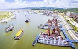Tin tức - Để phương tiện khác đeo bám khách du lịch, 3 tàu trên vịnh Hạ Long bị đình chỉ