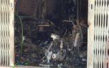Cháy tiệm photocopy ở Sài Gòn: 2 vợ chồng ngạt khói, con trai tử vong