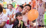 Hoa hậu H'Hen Niê trao tặng trường mầm non ở Lạng Sơn