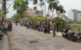 Phát hiện thi thể bé trai sơ sinh bị bỏ bên đường ở Sài Gòn