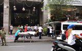 Người đàn ông nước ngoài rơi từ khách sạn xuống vỉa hè tử vong