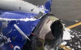 Hiện trường tan hoang vụ nổ động cơ máy bay hàng không của Mỹ