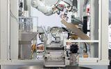 Tin tức - Cận cảnh robot chuyên phá hủy iPhone của Apple