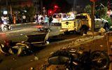 Tin tức - Vụ ô tô đâm hàng loạt xe máy dừng đèn đỏ: Tài xế chạy tốc độ quá nhanh